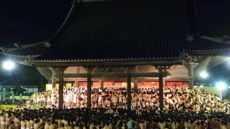 今年の西大寺会陽は、無観客で関係者だけでの開催に、、仕事にも大きな影響が、、