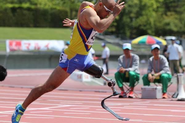 パラスポーツだけでない装具の大切さ、足に良いシューズとスーパーフィートインソール